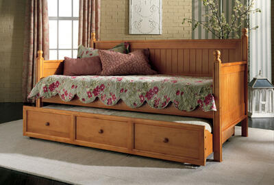 Casey Daybed (Honey Maple Finish) - [B51C53]