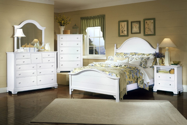 Cottage Collection Panel Bedroom Set (Snow White Finish)