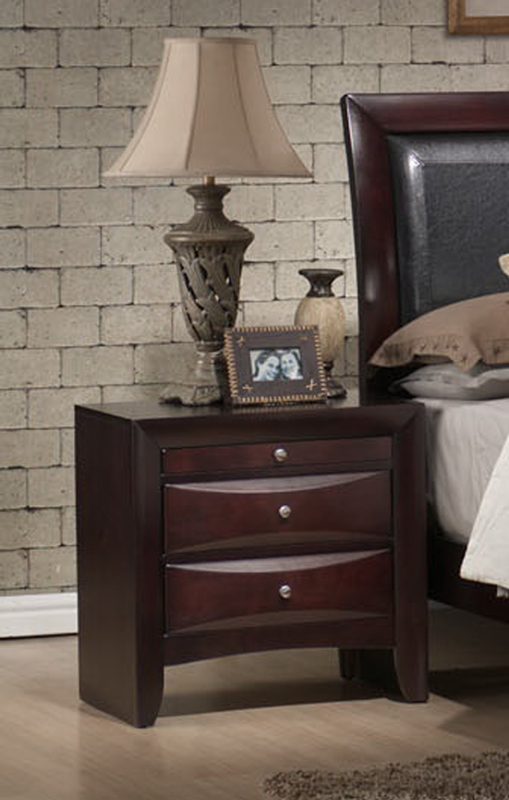 Emilie Bedroom Collection: Emily Sleigh Bedroom Set (Rich Espresso Finish)