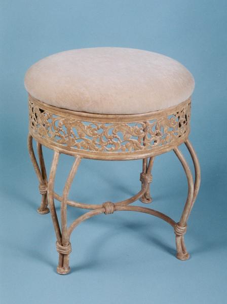 Villa iii vanity stool antique beige 50931 decor south - Antique vanity stools ...