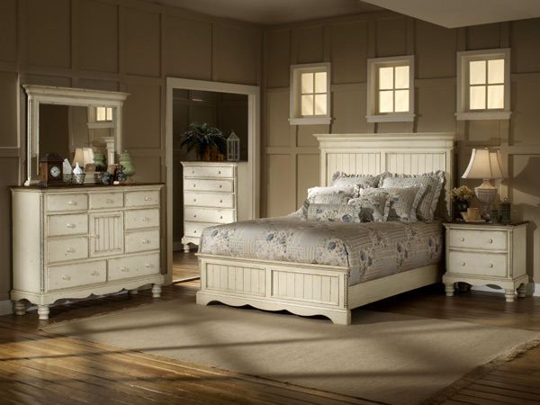 Wilshire Panel Bedroom Set Antique White Finish Decor South