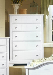 Cottage Collection Chest (Snow White Finish)
