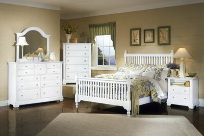 Cottage Collection Slat Poster Bedroom Set (Snow White Finish)