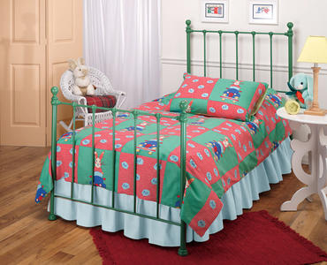 Molly Trundle Bed (Green Finish)