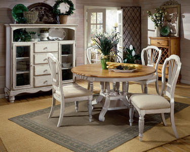 Wilshire Round Dining Set (Pine & Antique White Finish) - [4508DTBRNDC5]